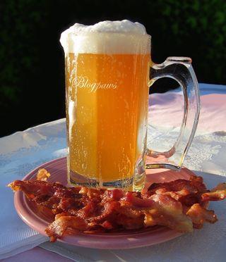Blogpaws bacon ale